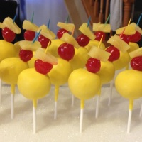 Cake pops | pineapple upside down