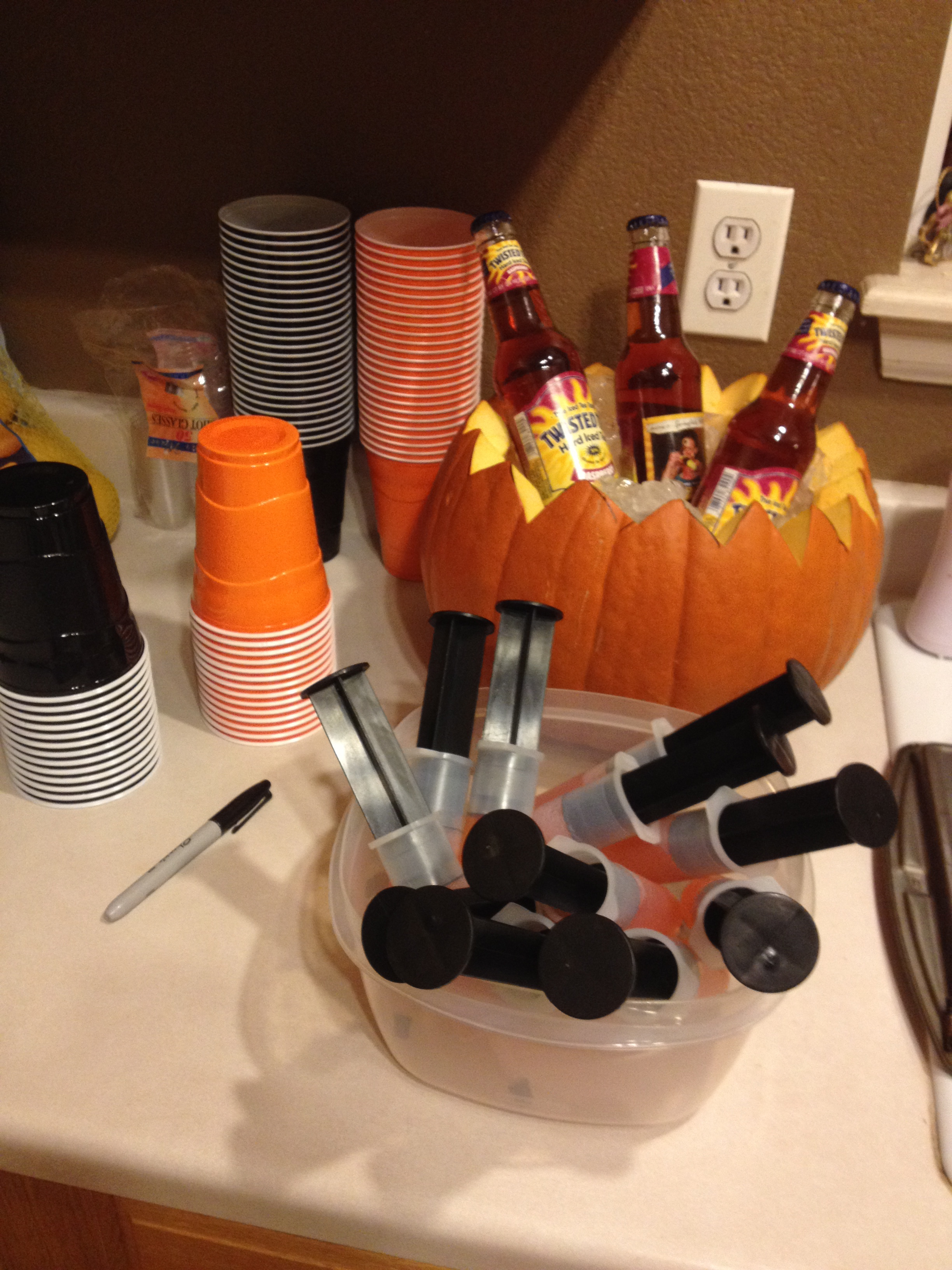 Halloween Party! | courtney's craftin&cookin